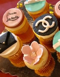 Cupcakes 18 Fashion-Fondant-Cupcakes