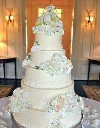 Wedding Cake 213